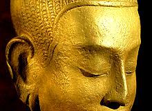 Être proactif Buddha tête-001