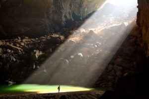 Trouée de lumière grotte1