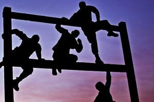 Face aux obstacles qui vont croissant, faut-il persévérer ou lâcher prise ?
